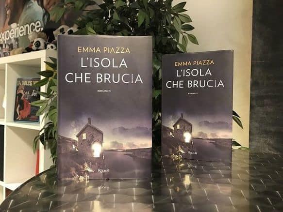Libro - L'isola che brucia - Emma Piazza
