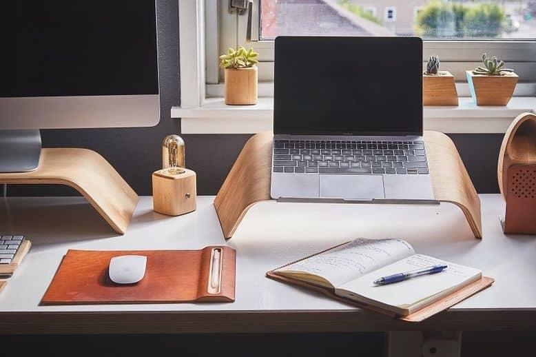 Organizzare-lo-spazio-di-lavoro