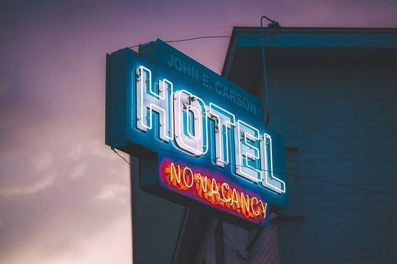 Come si fa il check-in in hotel